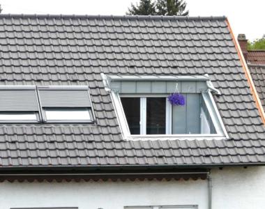 Eine Loggia in Kombination mit Dachfenstern